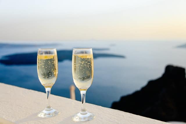 Ways to Prepare Your Vacation Rental for Valentine's Day_1