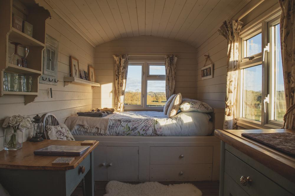 tiny cabin getaway
