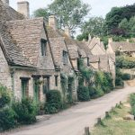 how to clean holiday cottages