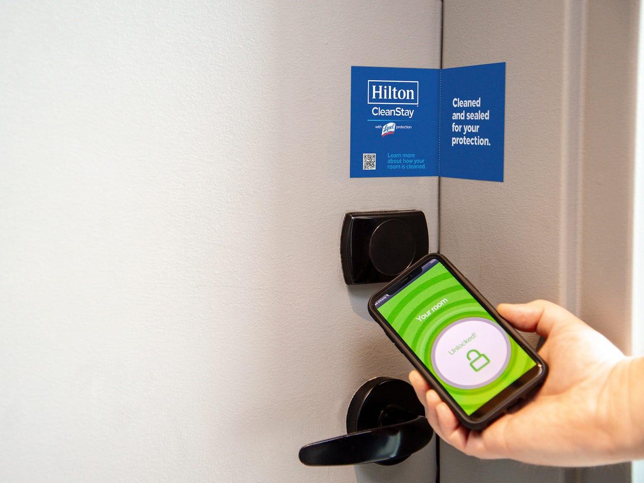 Hilton Hotel und seine initiative mit CleanStay und Lysol-Schutz