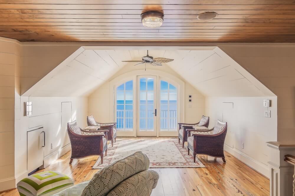 Ferienwohnungen mit Panoramafenstern mit Blick auf den Ozean